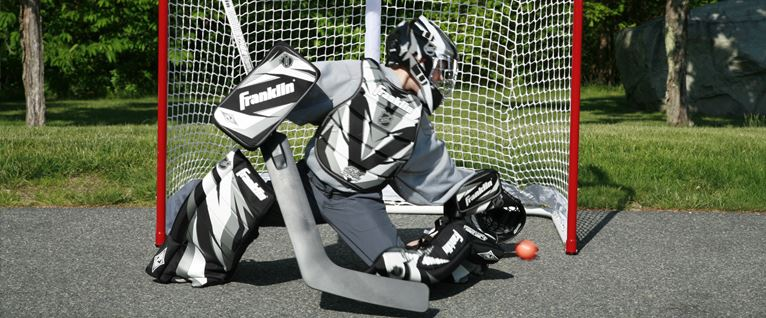 street-hockey-sticks_1